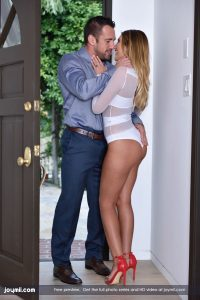 Joymii August Ames in Call For Love