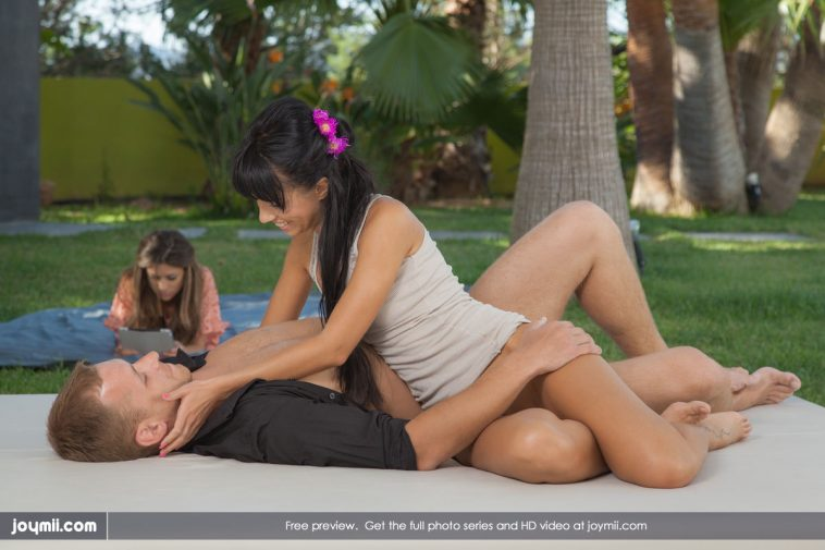 Joymii Gina and Carmen in California Tenderness 1